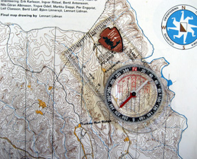 map_and_compass_286